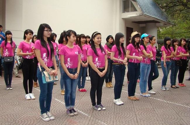 Dịch vụ may áo thun sự kiện Kim Vàng