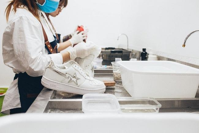 Dịch vụ vệ sinh giày