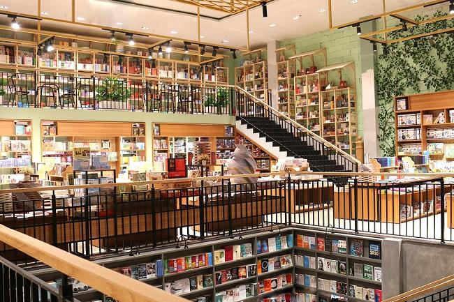 hiệu sách - nhà sách lớn nhất tại Thành phố Hồ Chí Minh