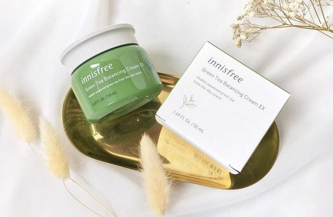 Kem dưỡng ẩm cho da dầu Innisfree Green tea Balancing Cream EX 50ml