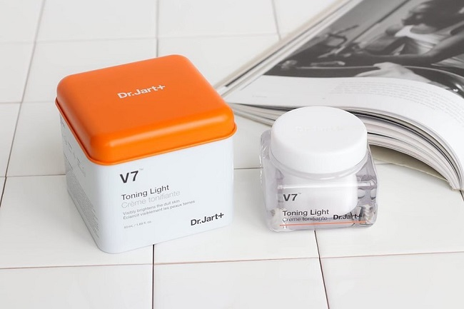 Kem dưỡng trị thâm mụn V7 Toning Light Creme Tonifiante Dr.Jart+