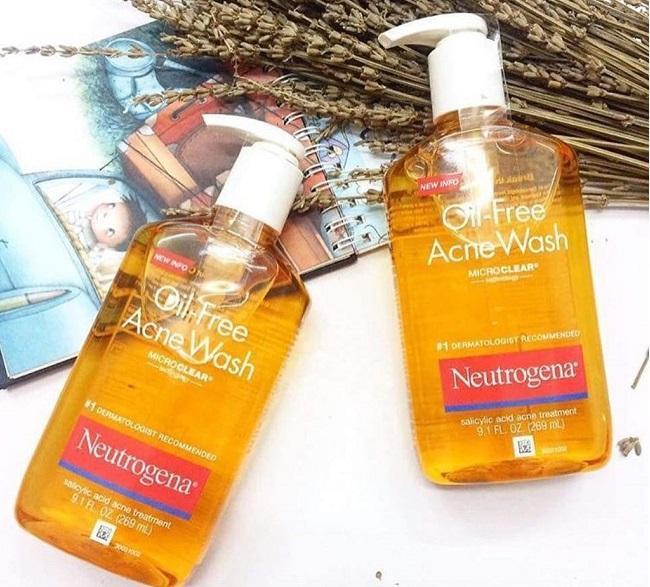 Sữa rửa mặt cho da dầu mụn Neutrogena Oil-Free Acne Wash