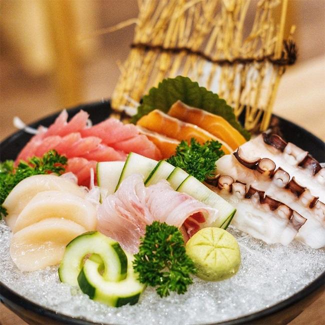 Quán Hanami Sushi là địa điểm quán ngon quận 7 nổi tiếng