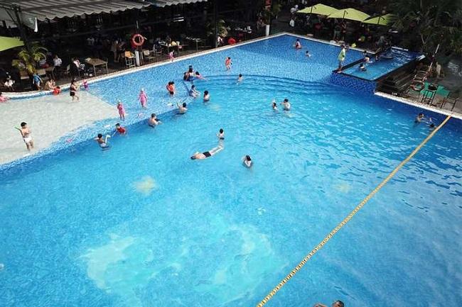 MAIA Pool