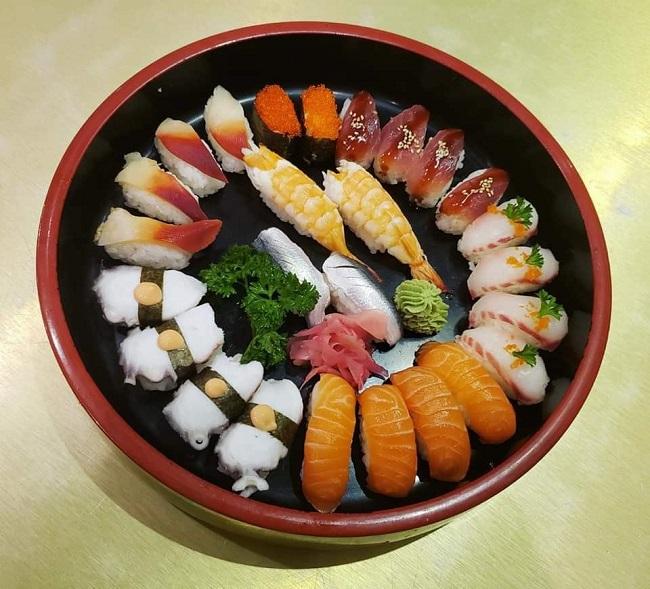 Sakura Việt Nam là quán ăn nổi tiếng quận 10