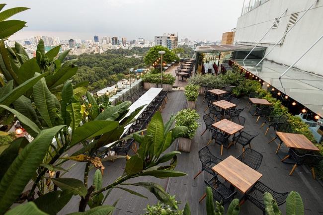 Quán cà phê nóc nhà Shri Restaurant