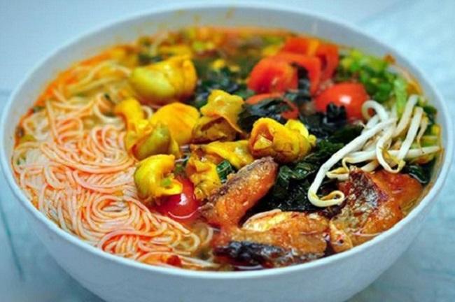 Bún Ốc Hà Nội là món ăn ngon Hà Nội