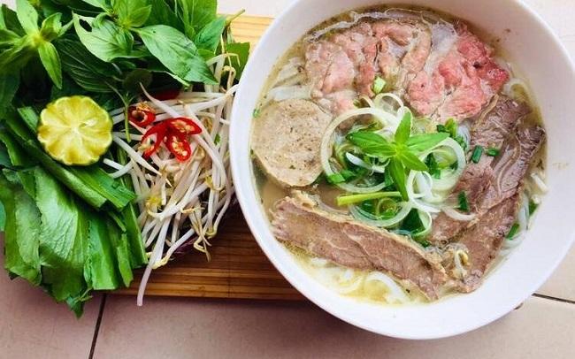 Bún phở bò gà - quán ăn trưa ngon ở Hà Nội