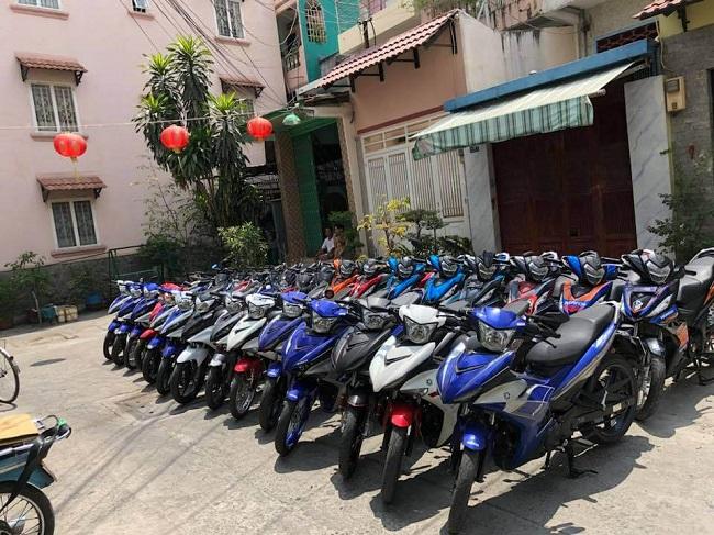 Quyên Vy - Dịch vụ thuê xe máy ở TPHCM