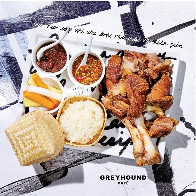 Greyhound Cafe là nhà hàng Thái nổi tiếng ở TPHCM