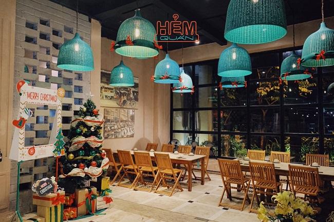 Hẻm Quán là quán ăn trưa ngon ở Hà Nội