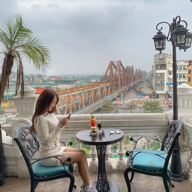 Serein Cafe & Lounge - quán cafe yên tĩnh ở Hà Nội