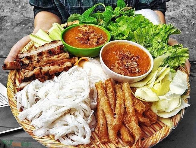 Quán ăn vặt Hà Nội