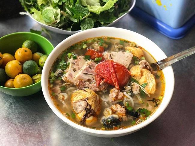 Bún ốc - Hàng Khoai là quán ăn đêm ngon ở Hà Nội