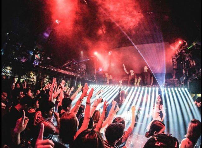 Hero Club - Pub Hà Nội nổi tiếng