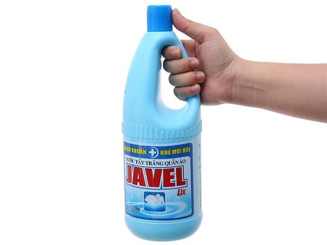 Nước tẩy trắng quần áo Javel của LIX